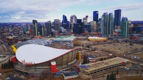 Vue aérienne du Saddledome de Calgary