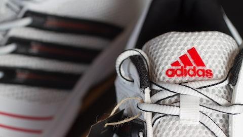 Des chaussures de marque Adidas