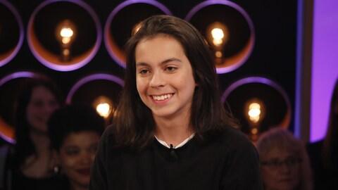 Le jeune comédien sur le plateau des Échangistes