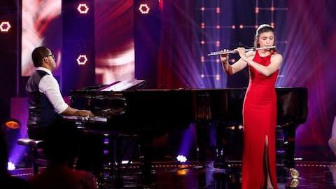Nikki Arsenault dans l'émission Virtuose.