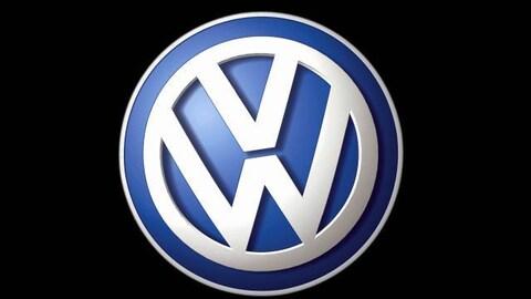 Le logo de Volkswagen : les lettres V et W sur fond bleu