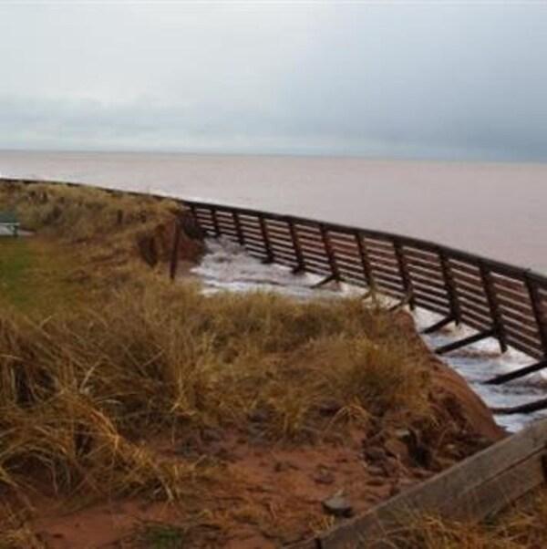 L'érosion côtière s'accélère à l'Île-du-Prince-Édouard.