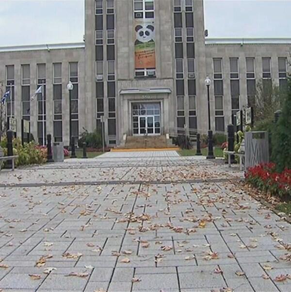 Trois candidats se livrent une course à Shawinigan en vue des élections municipales du 5 novembre prochain.
