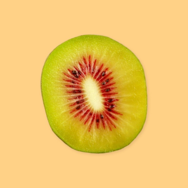 Une moitié de kiwi.