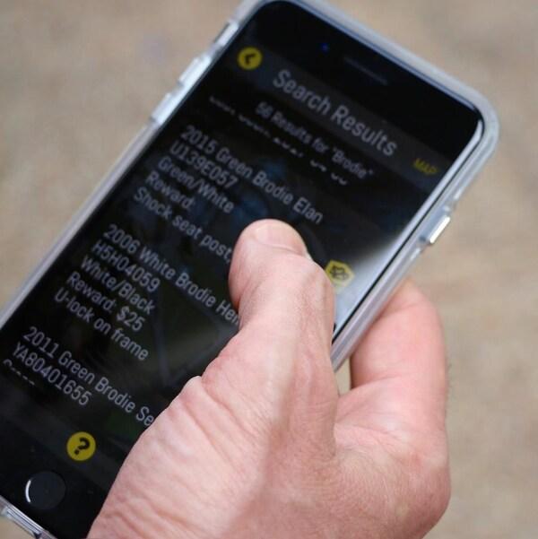 L'application Project 527 garage permet aux cyclistes d'enregistrer leur bicyclette et de lancer une alerte si ceux-ci sont volés.