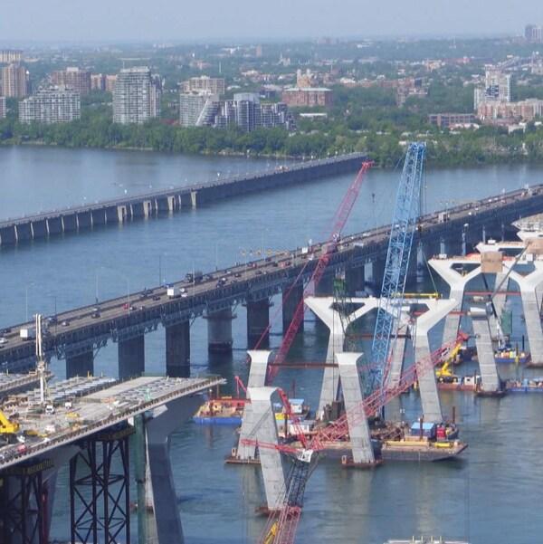 Vue aérienne du chantier du nouveau pont Champlain