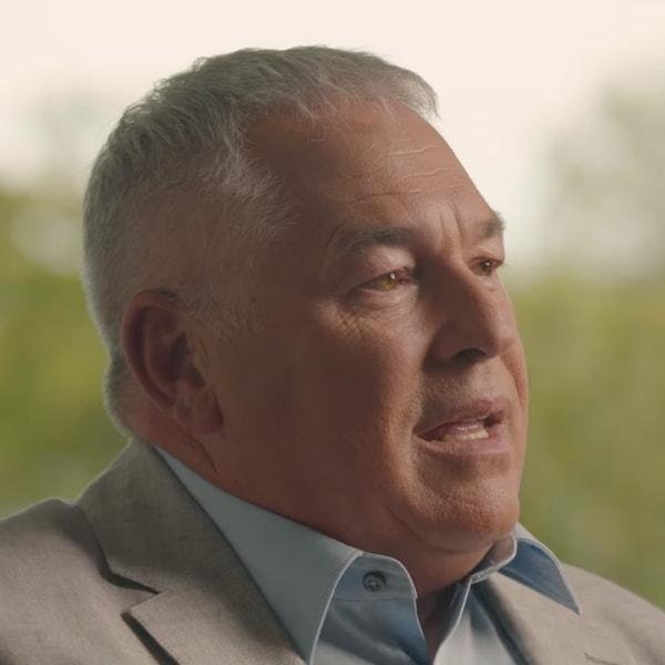 M. Léveillé dans une vidéo promotionnelle.
