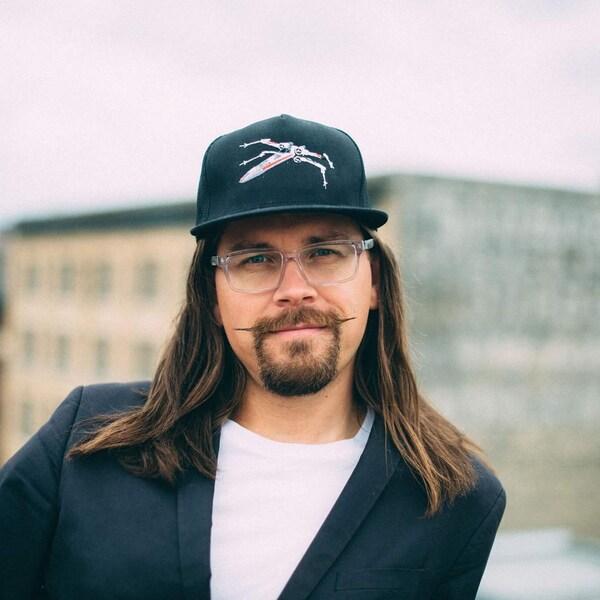 Daniel Jordan est un ancien diplômé de l'Université du Manitoba.