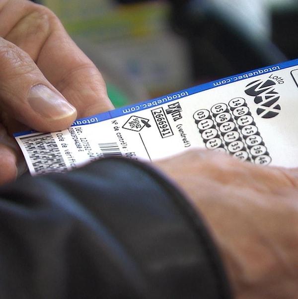 Un billet de Lotto Max