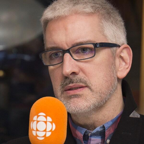 Jean-Martin Aussant au studio 17 de Radio-Canada, à Montréal, le 26 novembre 2017