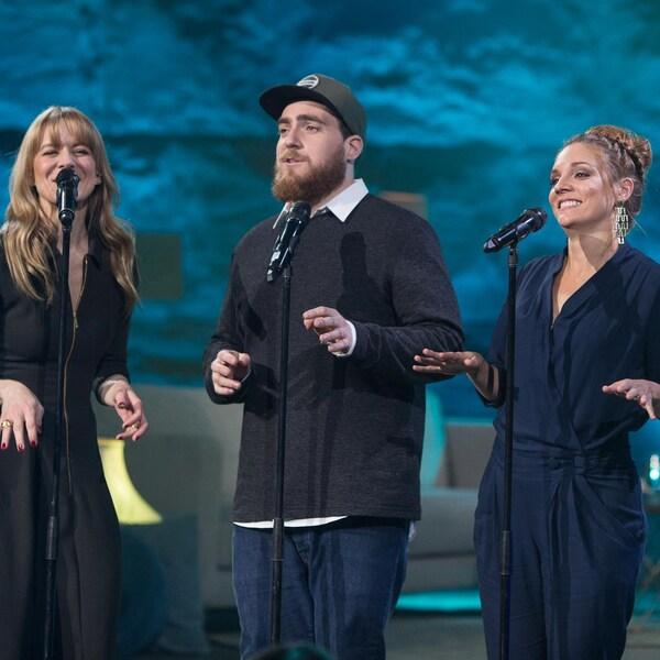Véronic Dicaire chante avec Phil Roy, Catherine Paquin-Béchard et  Gildor Roy.