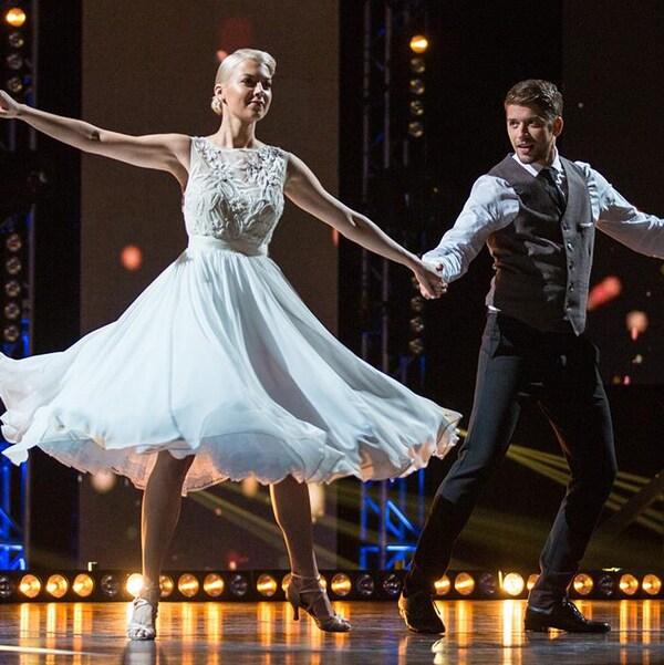 Catherine St-Laurent et Mikhaïl Ahooja interprètent un valse viennoise.