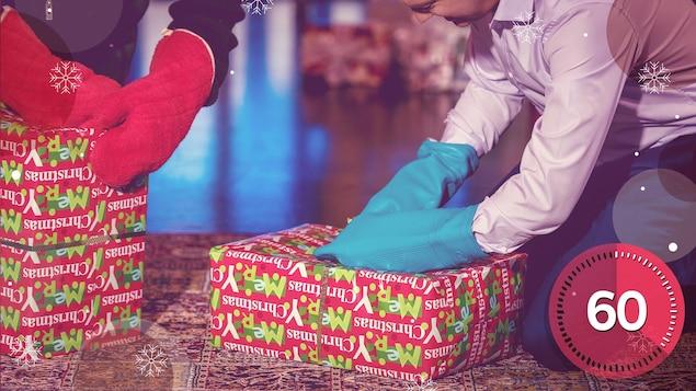 Le premier joueur enfile une paire de mitaines de four, puis il a une minute pour déballer le cadeau. Quand le temps est écoulé, c'est au tour de son voisin de gauche de tenter sa chance.