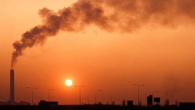 Concentration record de gaz à effet de serre, chaleurs extrêmes, recul des glaces. Le monde réussira-t-il à freiner le réchauffement climatique et éviter les conséquences désastreuses qui y sont associées?