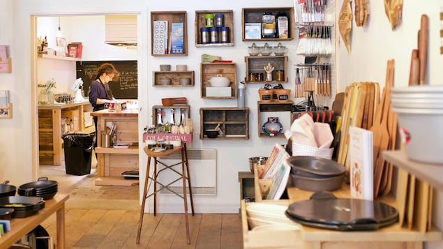 La Folle fourchette est un magasin d'articles de cuisine qui offre aussi des ateliers culinaires.