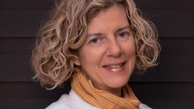 Autoportrait de l'auteure Diane Landry