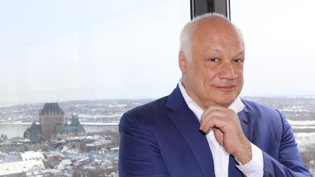 Président, académicien, écrivain: Éric-Emmanuel Schmitt en trois temps