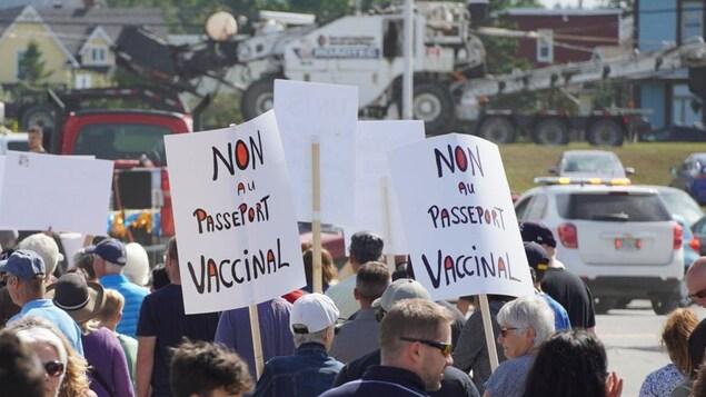 Dans les rues de Matane contre le passeport vaccinal