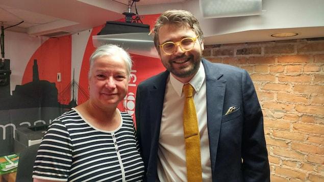 L'animatrice radio, Martine Bordeleau reçoit en studio Patrick Noël, professeur adjoint d'histoire à l'Université de Saint-Boniface.