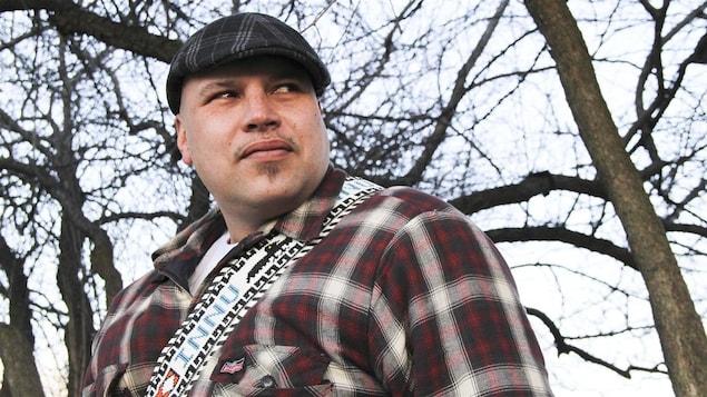 Le chanteur innu Shauit.