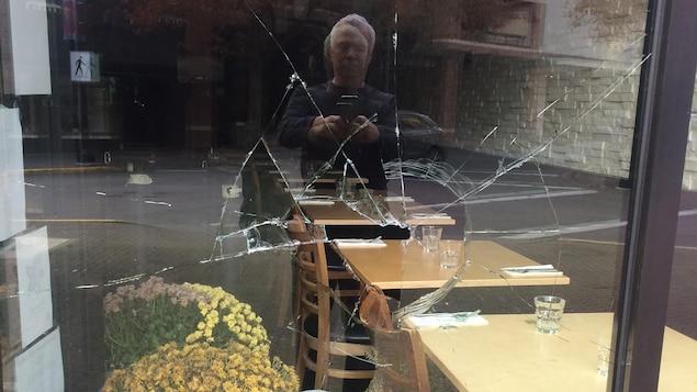 Nanaimo: un restaurateur attribue des actes de vandalisme aux antipasseport vaccinal