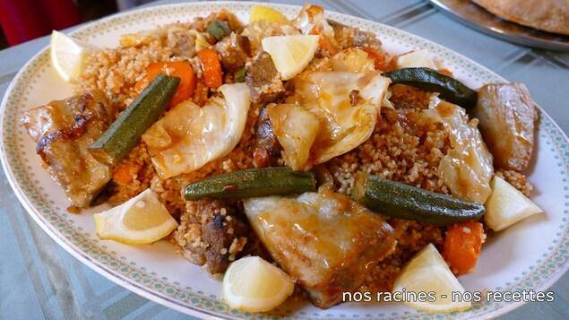 Un plat de riz au gras, une recette africaine.