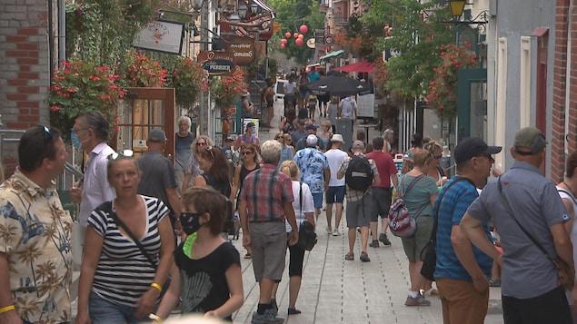 Tourisme: 40 000postes à pourvoir avant l'été au Québec