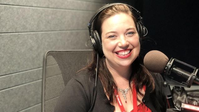 Isabelle Cliche est dans notre studio de Calgary
