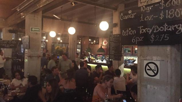 Un des nombreux restaurants branchés du quartier Roma de Mexico.