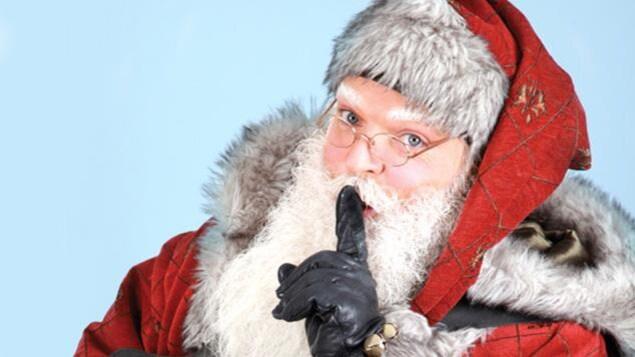 Le père Noël fait