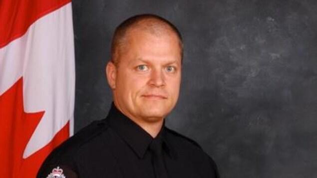 L'agent de police Mike Chernyk, 48 ans