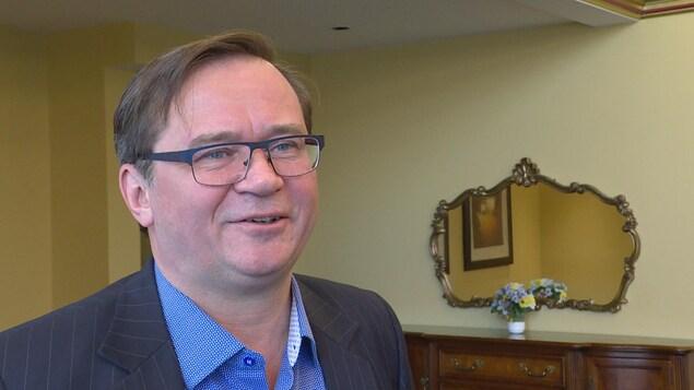 Don Koziak, candidat à la mairie d'Edmonton