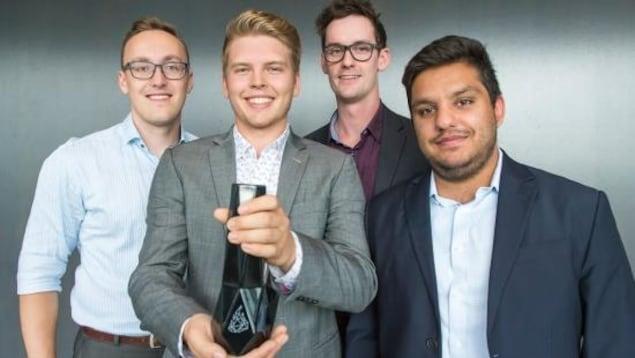 (De gauche à droite) : Simon Grigenas, Ty Thomsen, Andrew Feltham et Rahman Amlani.