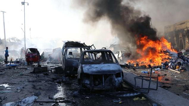 Plus de 200 morts dans le double attentat de Mogadiscio — Somalie