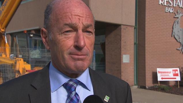 Le maire sortant de Trois-Rivières, Yves Lévesque