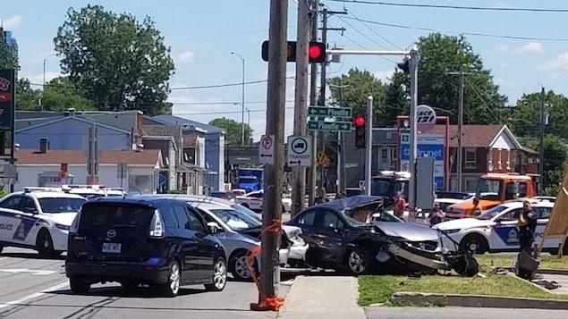 Deux voitures accidentées