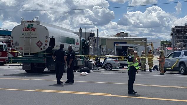 La collision est survenue aux alentours de 13h00, lundi.