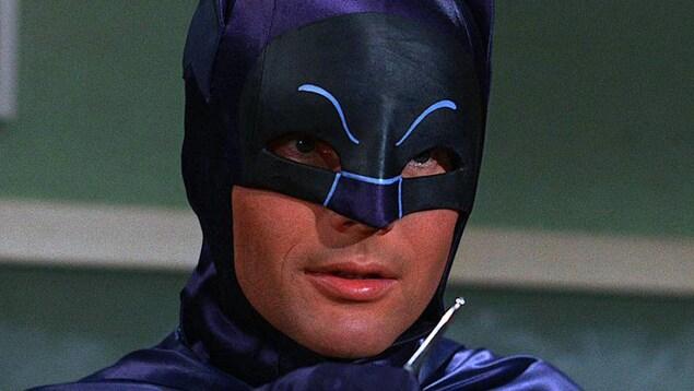Adam West dans la télésérie «Batman»