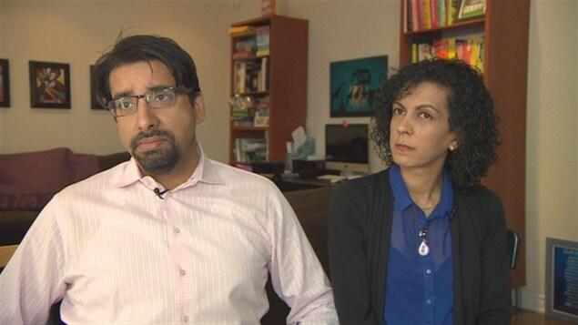 Sulemaan Ahmed et Khadija Cajee attendent avec impatience de pouvoir voyager sans problème avec leurs enfants.