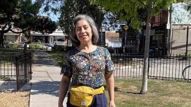 Dans cette élection fédérale de 2021, Alejandra Bravo, d'origine chilienne, du Nouveau parti démocratique (photo) et Julie Dzerowicz, du Parti libéral, sont presque à égalité dans les intentions de vote.