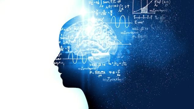 Une image montrant une silhouette de profil accompagnée de la représentation d'un cerveau et d'équations mathématiques complexes.