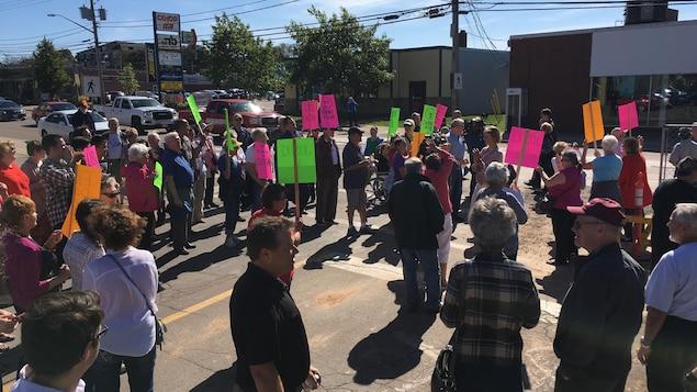Une manifestation dans la rue