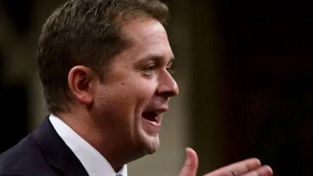 Une photo du visage d'Andrew Scheer, chef du Parti conservateur du Canada.