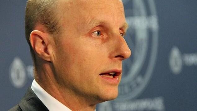 Andy Byford, photographié lors d'une conférence de presse.
