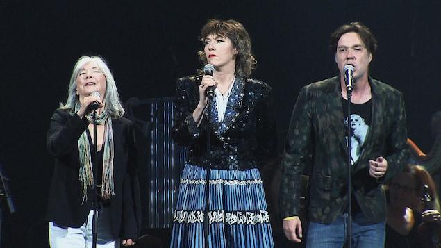 Anna McGarrigle, Martha Wainwright et Rufus Wainwright lors du spectacle Bonne fête Montréal
