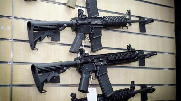 Fusils d'assaut AR-15