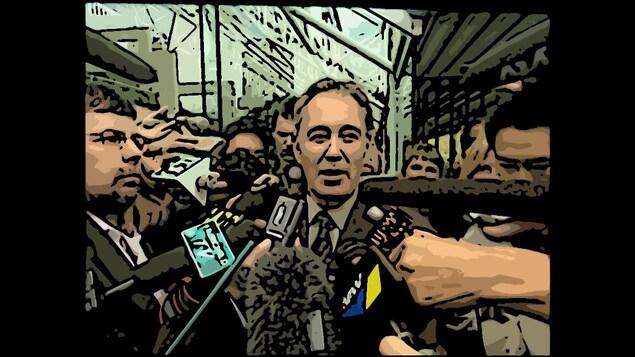 Glen Clark interrogé par des journalistes à la sortie de son procès