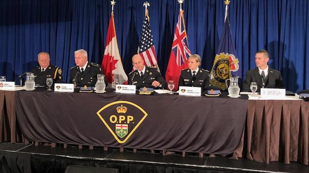 Une photo du point de presse de la police provinciale de l'Ontario à Vaughan.