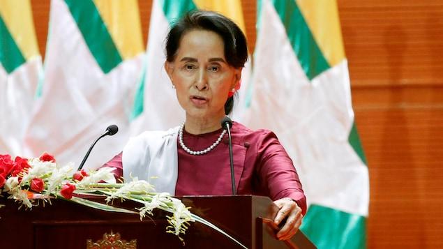 La dirigeante birmane Aung San Suu Kyi s'adresse à la nation à propos de la situation des Rohingyas, le 19 septembre 2017, à Naypyitaw, au Myanmar.