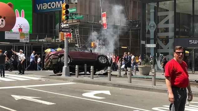 Le véhicule qui a foncé sur des piétons à Times Square, à New York